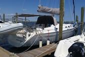 43 ft. Beneteau USA Oceanis 42CC Sloop Boat Rental New York Image 3