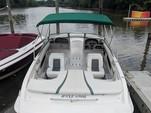 19 ft. Four Winns Boats 190 Horizon  Bow Rider Boat Rental Washington DC Image 1