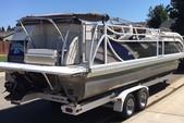 26 ft. JC and Neptoon Pontoon 266 TriToon IO Pontoon Boat Rental Sacramento Image 1