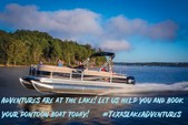 18 ft. Sun Tracker by Tracker Marine Bass Buggy 18 DLX w/60ELPT 4-S Pontoon Boat Rental Dallas-Fort Worth Image 5