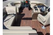 20 ft. Crest Pontoons 190 Crest II Pontoon Boat Rental Miami Image 8