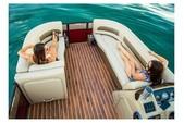 20 ft. Crest Pontoons 190 Crest II Pontoon Boat Rental Miami Image 11