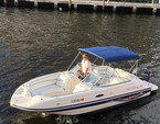 23 ft. Vectra 2302 Bow Rider Boat Rental Miami Image 5