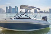 20 ft. Tahoe Boats VT-450T Cruiser Boat Rental Miami Image 3