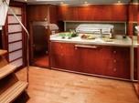 47 ft. Sea Ray Boats 470 Sundancer (Zeus Drive) Cruiser Boat Rental New York Image 4