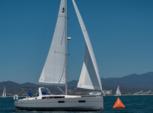 38 ft. Beneteau USA Beneteau 37 Daysailer & Weekender Boat Rental La Paz Image 6