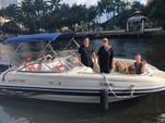 23 ft. Vectra 2302 Bow Rider Boat Rental Miami Image 4