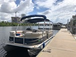 23 ft. Sun Chaser 2300 Pontoon Boat Rental Tampa Image 17