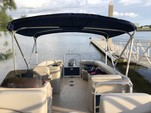 23 ft. Sun Chaser 2300 Pontoon Boat Rental Tampa Image 25