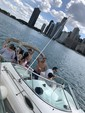 28 ft. Sea Ray Boats 270 Sundancer Cruiser Boat Rental Chicago Image 8