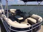 23 ft. Cypress Cay Seabreeze .   Pontoon Boat Rental Fort Myers Image 3