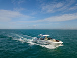 35 ft. Sea Ray Boats 350 SLX Cruiser Boat Rental Fort Myers Image 10