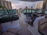 35 ft. Sea Ray Boats 350 SLX Cruiser Boat Rental Fort Myers Image 5