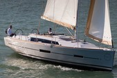 38 ft. Dufour Yachts Dufour 385 Cruiser Boat Rental Horta Image 5