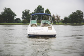 26 ft. Sea Ray Boats 270 Sundeck Bow Rider Boat Rental Washington DC Image 2