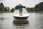 26 ft. Sea Ray Boats 270 Sundeck Bow Rider Boat Rental Washington DC Image 6
