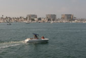 18 ft. Four Winns Boats Horizon RX  Bow Rider Boat Rental Los Angeles Image 10