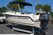 21 ft. Sea Hunt Boats 21 Dual Console Center Console Boat Rental Sarasota Image 3