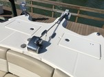 29 ft. World Cat Boats 295DC Dual Console w/2-250HP Dual Console Boat Rental Tampa Image 17