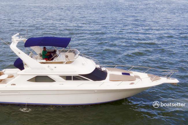 Rent a 2004 46 ft  Sea Ray Boats 440 sedan bridge in Miami, FL on Boatsetter
