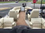 25 ft. COACH Executive 25  Pontoon Boat Rental Minneapolis Image 1