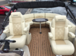25 ft. COACH Executive 25  Pontoon Boat Rental Minneapolis Image 2