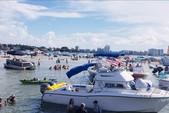 24 ft. Leisure Pontoons 2423 Navigator Deck Boat Boat Rental Miami Image 7