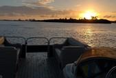 24 ft. Leisure Pontoons 2423 Navigator Deck Boat Boat Rental Miami Image 20