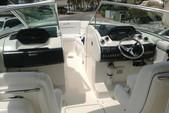 35 ft. Fishing Boat Bass Boat Boat Rental Cancún Image 4