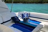 33 ft. Formula by Thunderbird F-330 Sun Sport Cruiser Boat Rental Miami Image 8