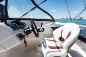 20 ft. Tahoe by Tracker Marine 550 TS W/150XL 4-S  Bow Rider Boat Rental Miami Image 9