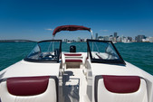 20 ft. Tahoe by Tracker Marine 550 TS W/150XL 4-S  Bow Rider Boat Rental Miami Image 4