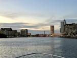 28 ft. Sea Ray Boats 260 Sundancer Express Cruiser Boat Rental Tampa Image 1