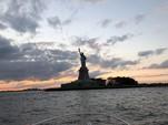 29 ft. Sea Ray Boats 280 Sundancer Cruiser Boat Rental New York Image 13