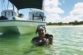 23 ft. Hurricane Fundeck  Deck Boat Boat Rental Tampa Image 5