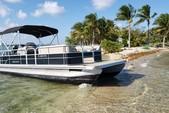 24 ft. Leisure Pontoons 2423 Navigator Deck Boat Boat Rental Miami Image 2