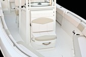 24 ft. Robalo 240 CC W/2-F150XA Center Console Boat Rental West Palm Beach  Image 20