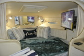 30 ft. Sea Ray Boats 290 Sundancer Cruiser Boat Rental Miami Image 8