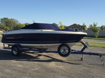 18 ft. Monterey Boats 180FS Bow Rider Boat Rental Chicago Image 4
