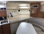 29 ft. Bayliner 3055 Sunbridge LX Motor Yacht Boat Rental Chicago Image 7