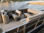 24 ft. Bentley Pontoon 240 Cruise  Pontoon Boat Rental Jacksonville Image 3