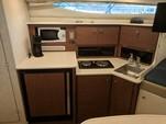 33 ft. Bayliner 3055 Ciera Sunbridge Cruiser Boat Rental Atlanta Image 5