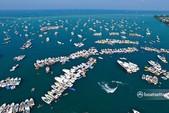 34 ft. Sea Ray Boats 310 Sundancer Cuddy Cabin Boat Rental Chicago Image 15