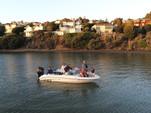 18 ft. Sea Ray Boats 175 Closed Bow  Bow Rider Boat Rental San Francisco Image 6