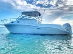 30 ft. Seaswirl Boats 2901 WA Striper w/2-225HP 4-S Walkaround Boat Rental Miami Image 1