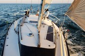 34 ft. Dufour Yachts Classic 35 Cruiser Racer Boat Rental New York Image 12