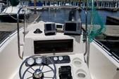 17 ft. Sea Hunt Boats Triton 172 Center Console Boat Rental New York Image 3