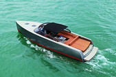 40 ft. VanDutch 40 Motor Yacht Boat Rental Miami Image 6