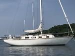 34 ft. Tartan Yachts 34 Cruiser Racer Boat Rental Boston Image 5