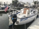 25 ft. Catalina 25 Cruiser Boat Rental New York Image 17